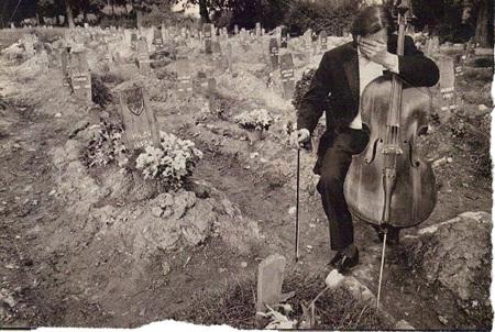 Vedran Smailović Cellist